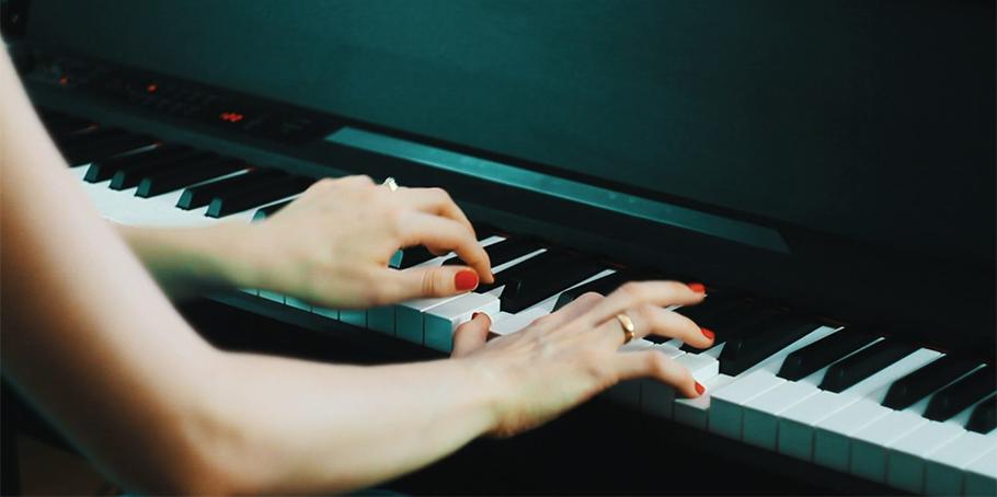 پیانو دیجیتال KORG LP-380-RW