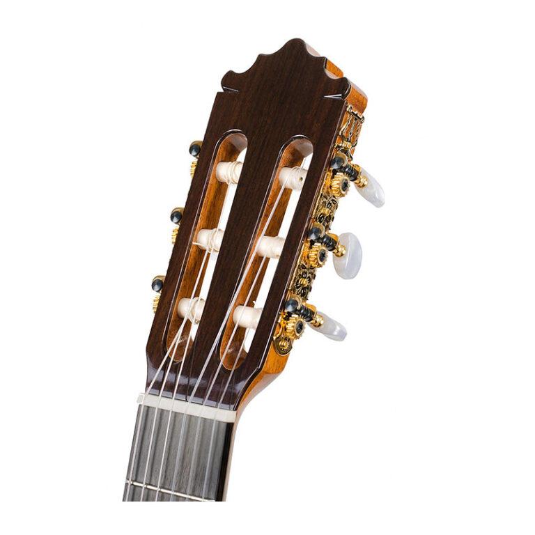 گیتار کلاسیک پاکوکاستیلو Paco Castillo 214F