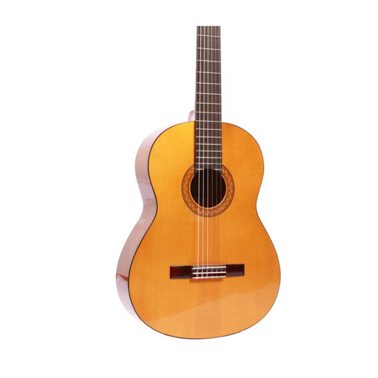 گیتار کلاسیک یاماها Yamaha C330