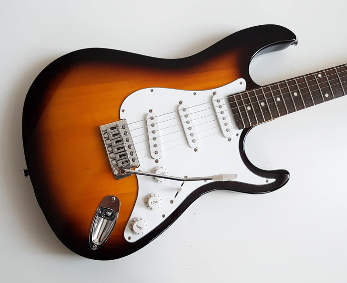 گیتار الکتریک جم میت Jammate electric guitar with USB function (کارکرده)
